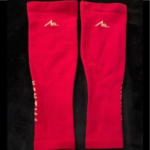 hot pink  calf compression  sleeves